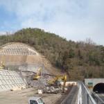 <p>智頭側トンネル坑口全景<br />平成28年3月30日</p>