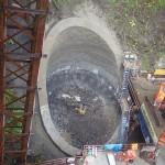 <p>橋の基礎掘削状況<br /> 平成28年4月28日</p>