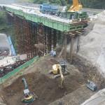 <p>橋台の基礎掘削状況<br />平成28年5月末日</p>
