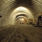 <p>トンネル掘削状況<br />平成28年6月30日</p>