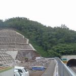 <p>智頭側トンネル坑口全景<br /> 平成28年6月30日</p>